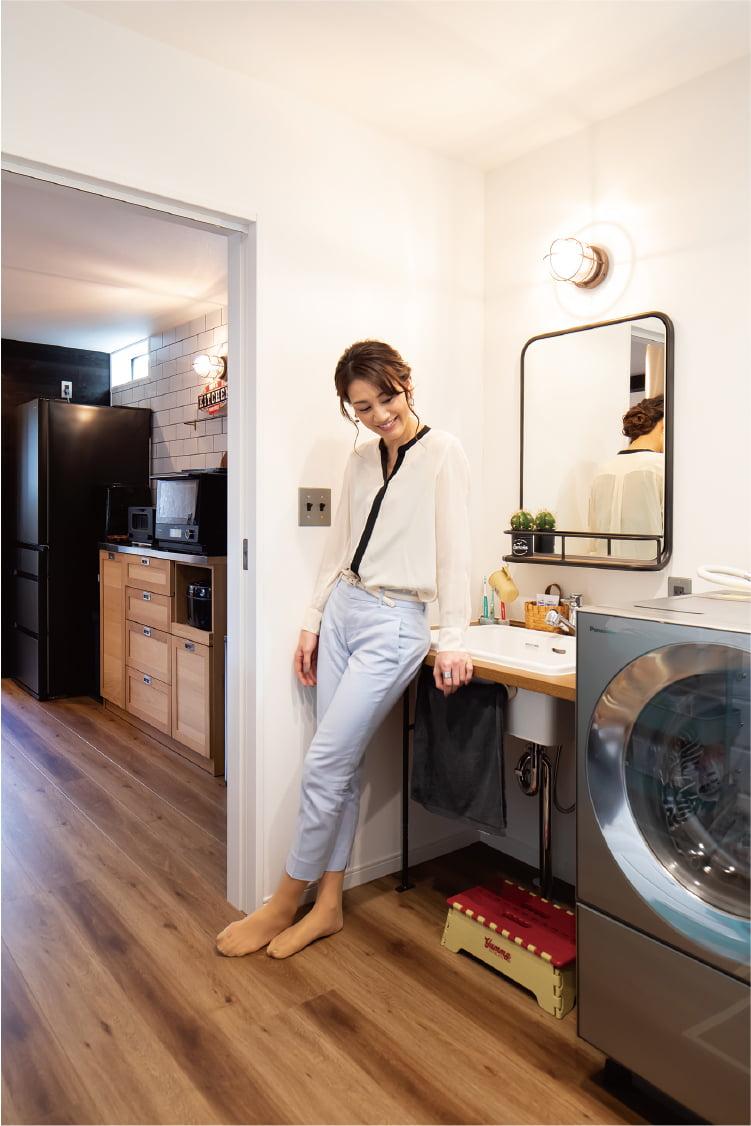 キッチン→洗面→バス→トイレは一直線に